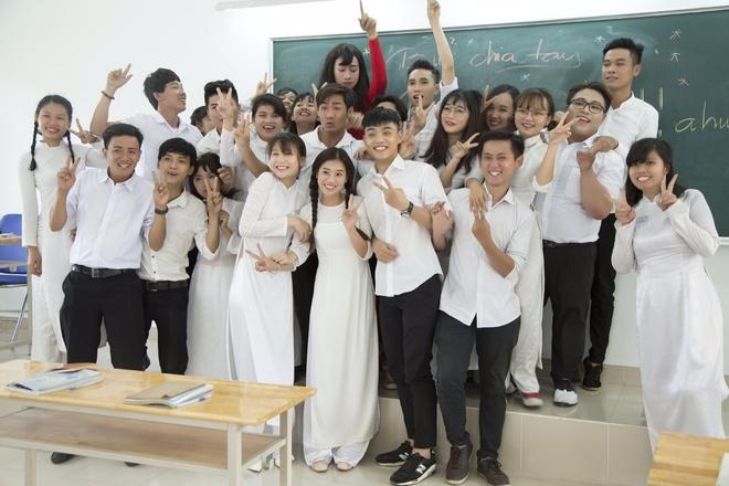 Hoang Yen Chibi yeu tham hot boy trong MV ve tuoi hoc tro hinh anh 8