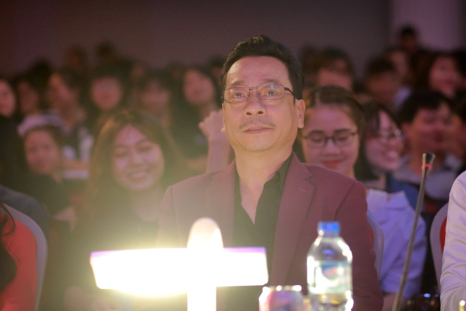 'Ong trum Phan Quan' lam giam khao cuoc thi tim kiem tai nang hinh anh 1