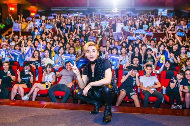 Son Tung tien phong xay dung cong dong fan chuan Kpop o Vpop hinh anh