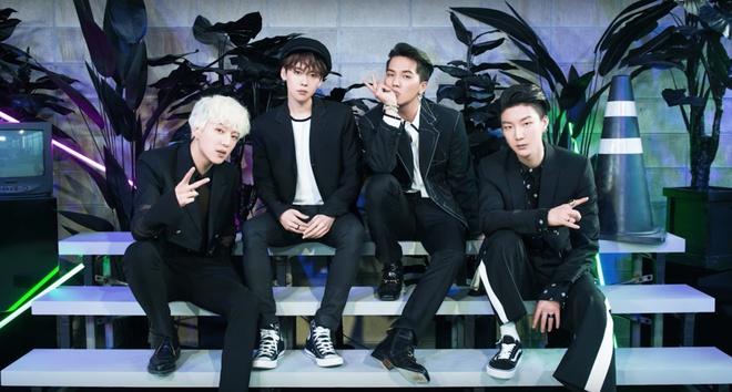 Kpop dau nam 2017: Than tuong nam 'lep ve' dong nghiep nu hinh anh 2