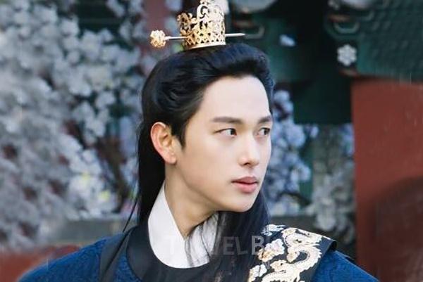 'Khi nha vua yeu' tap 6: The tu Si Wan bi vu oan toi giet vua hinh anh