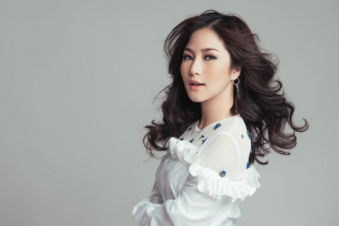 Huong Tram rut khoi cuoc binh chon MTV chau Au 2017 hinh anh