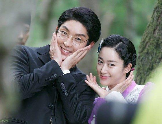 Lee Jun Ki va ban gai chia tay sau 4 thang cong khai hen ho hinh anh