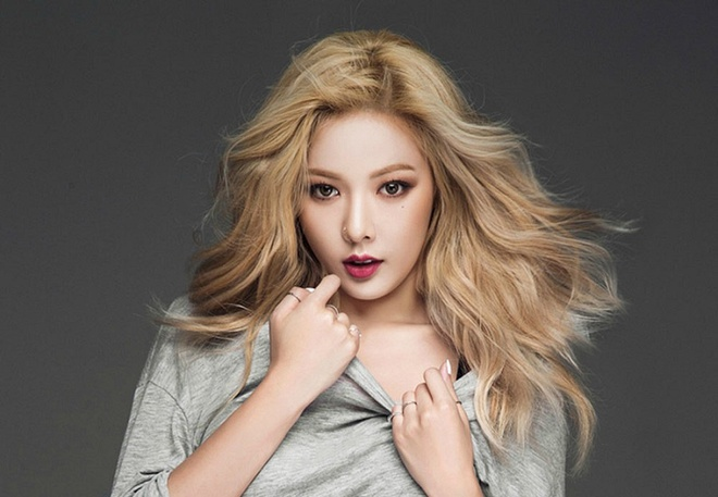HyunA: 'Nu hoang quyen ru Kpop' dang dan mat ngoi hinh anh