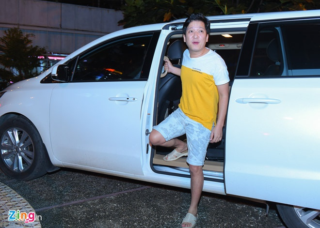 Xon xao clip Truong Giang tranh cai sau khi va cham xe trong dem hinh anh 1