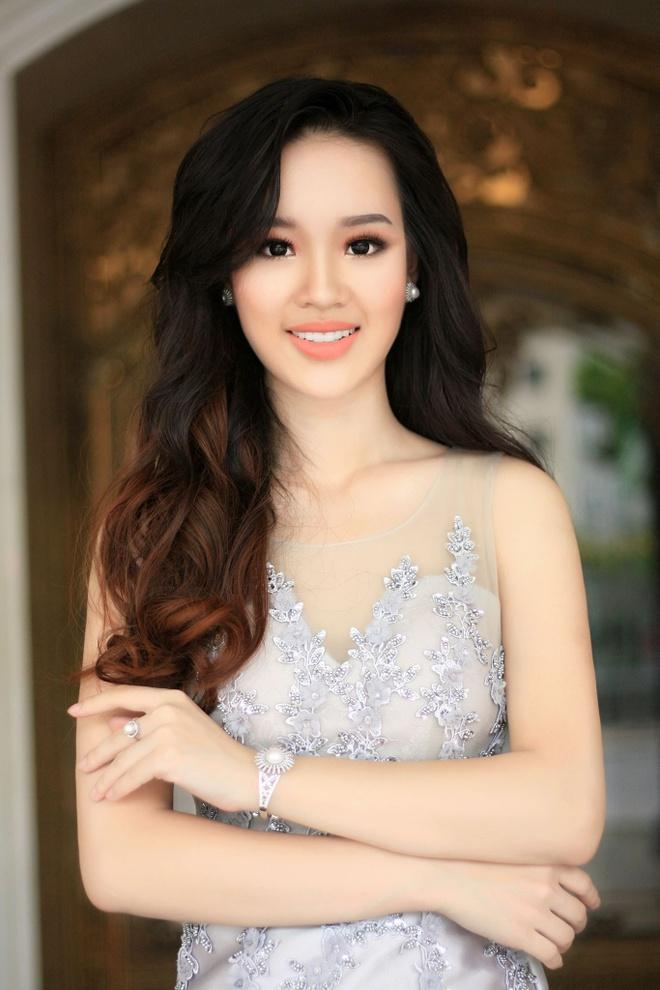 Top 10 ban ket Hoa hau Hoan vu gay tranh cai vi nu cuoi rang su hinh anh 10