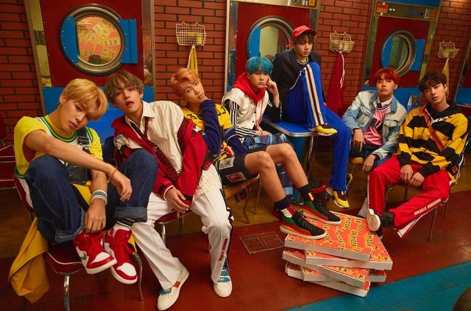 BTS lan dau lot bang xep hang Billboard Hot 100 hinh anh