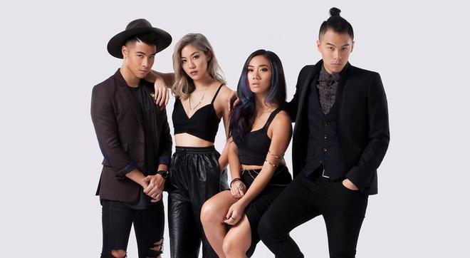 Nhung doi thu 'nang ky' cua Dam Vinh Hung tai MTV EMA 2017 hinh anh 4