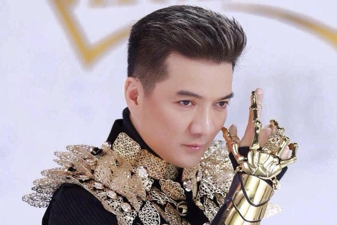 Nhung doi thu 'nang ky' cua Dam Vinh Hung tai MTV EMA 2017 hinh anh