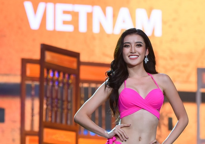Giam khao Hoa hau: 'Huyen My chua the hien tron ven vi the chu nha' hinh anh