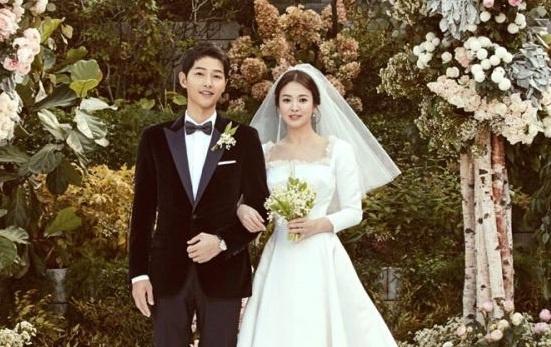 Song Hye Kyo cam on nguoi ham mo sau le cuoi hinh anh