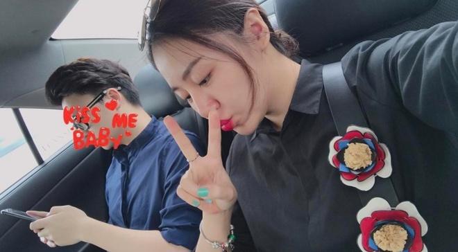 Moi tinh ngan ngui cua Van Mai Huong va ban trai thanh tra Bo Xay dung hinh anh