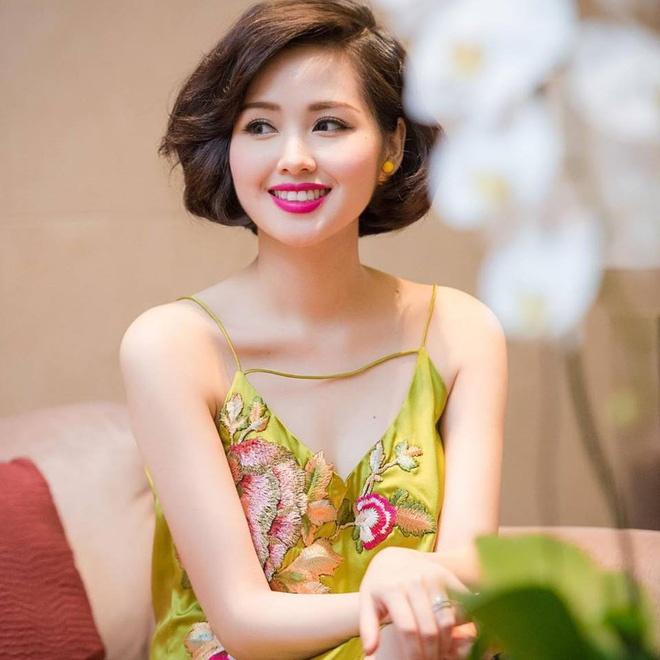 Hot girl, hot boy di hat: Thanh it, bai nhieu hinh anh 2