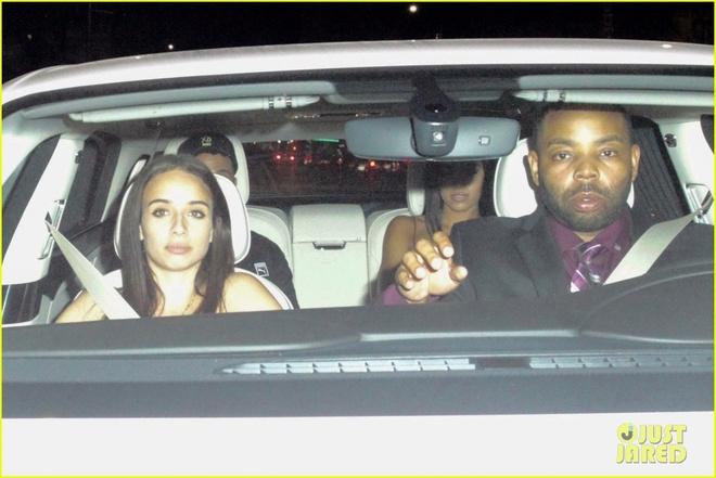 Chia tay Selena Gomez, The Weeknd hen ho ban gai cu cua Justin Bieber hinh anh 2