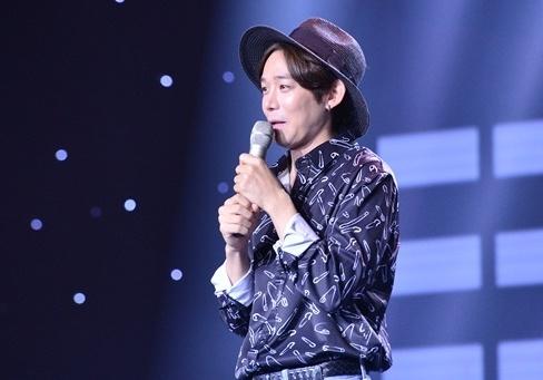 Le Minh Son tranh gianh thi sinh Han Quoc vi ham mo HLV Park Hang-seo hinh anh