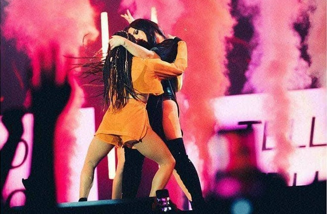 Phan trinh dien gay tranh cai cua Demi Lovato hinh anh
