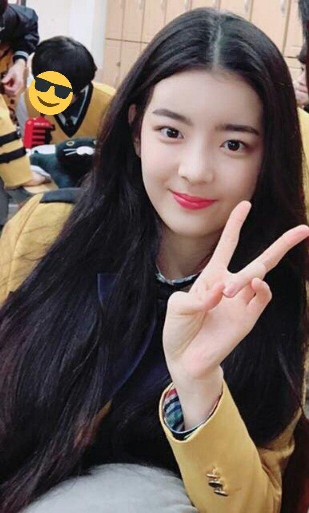 Nhan sac noi troi khien fan mong doi cua dan thuc tap sinh JYP hinh anh 11