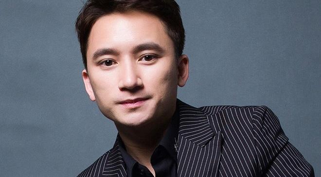 Vpop hau World Cup: Phan Manh Quynh lang le giua cuoc chien nghin sao hinh anh