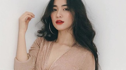 Hoa Minzy vao hau truong tim gap BTS: 'Hoan toan sai, de gay di ung' hinh anh
