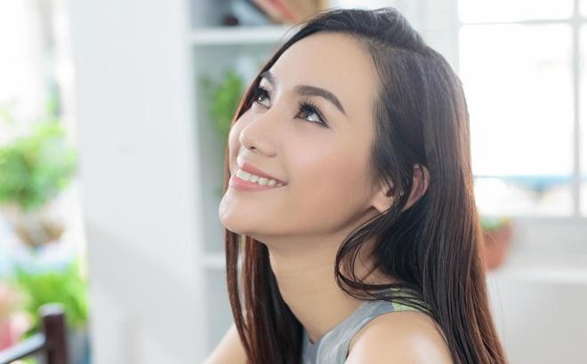 Truong Kieu Diem: 'Toi mai yeu duong, lo la am nhac' hinh anh