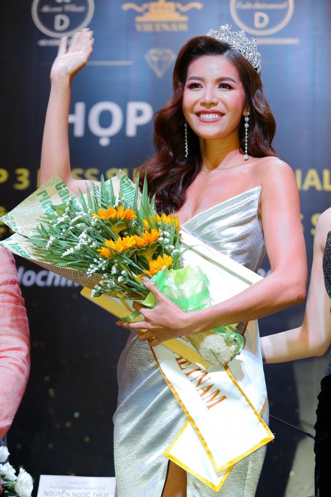 Minh Tu dai dien Viet Nam thi Hoa hau Sieu quoc gia 2018 hinh anh 2