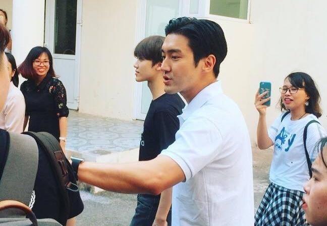 My nam Choi Siwon toi Ha Noi hinh anh