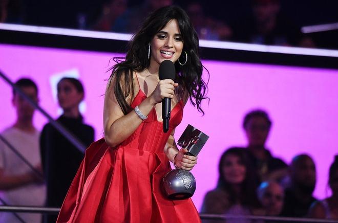 Camila Cabello thang lon, BTS lan dau duoc vinh danh tai MTV EMAs hinh anh