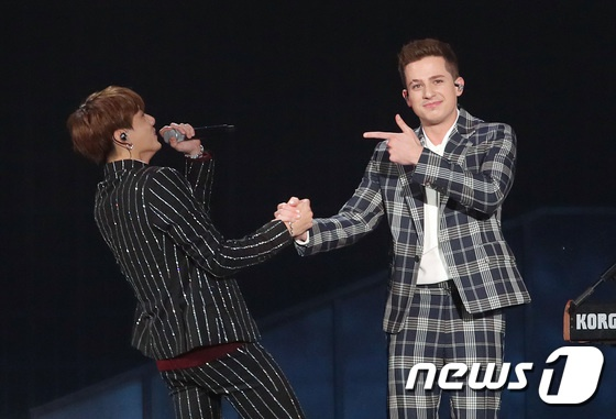 BTS 'vo vet' giai thuong, bi pho giong khi ket hop Charlie Puth hinh anh 1