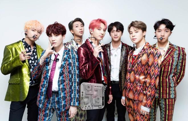 Top 10 nghệ sĩ xuất sắc nhất Hàn Quốc năm 2018