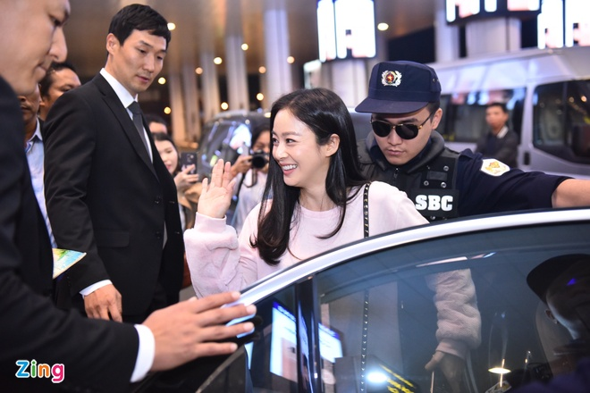 Kim Tae Hee rang ro chao fan Viet khi toi Ha Noi luc toi muon hinh anh 4