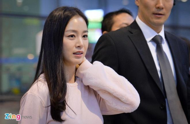 Kim Tae Hee rang ro chao fan Viet khi toi Ha Noi luc toi muon hinh anh 5