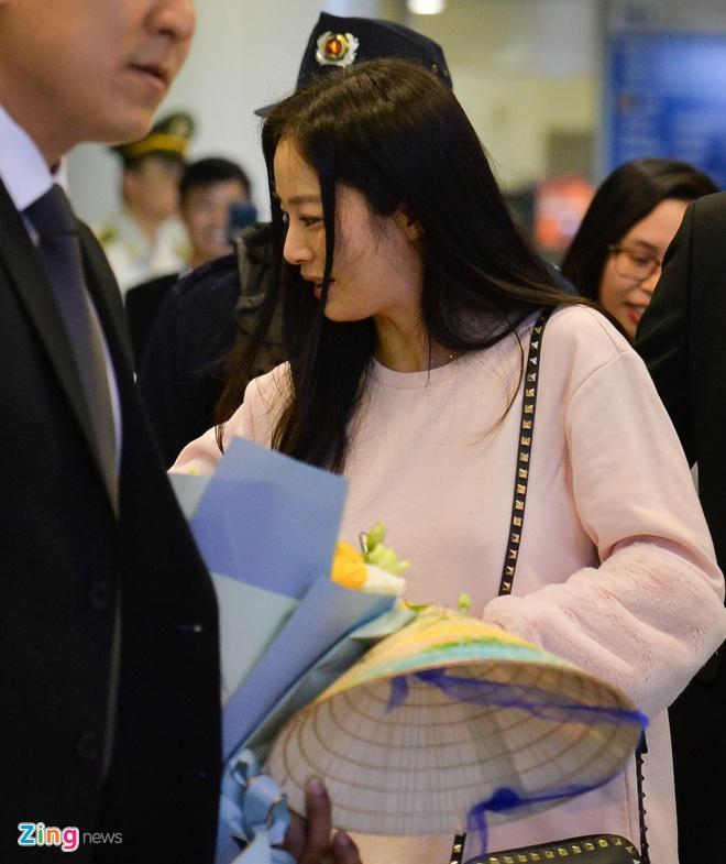 Kim Tae Hee rang ro chao fan Viet khi toi Ha Noi luc toi muon hinh anh 7