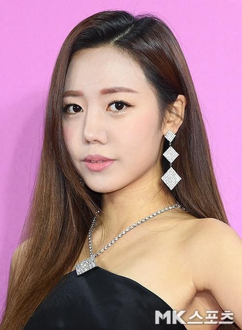 BTS noi bat, lan at dan sao tham gia tham do Melon Music Awards 2018 hinh anh 7