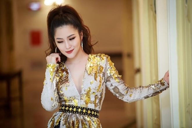 Huong Tram: 'Toi uoc mo chi Thu Minh se tham gia dem nhac cua toi' hinh anh