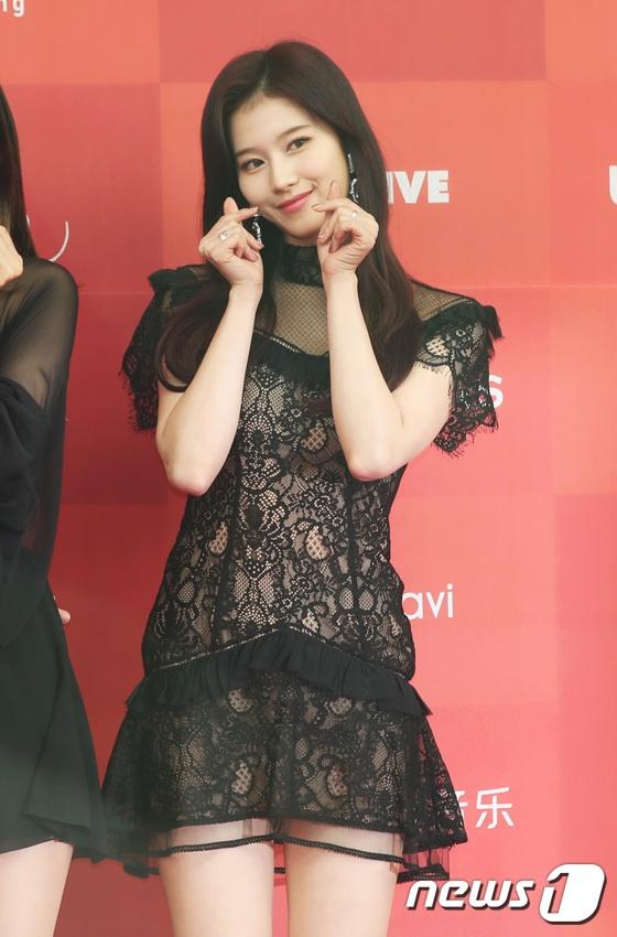 Jennie tren tham do Golden Disk Award anh 7