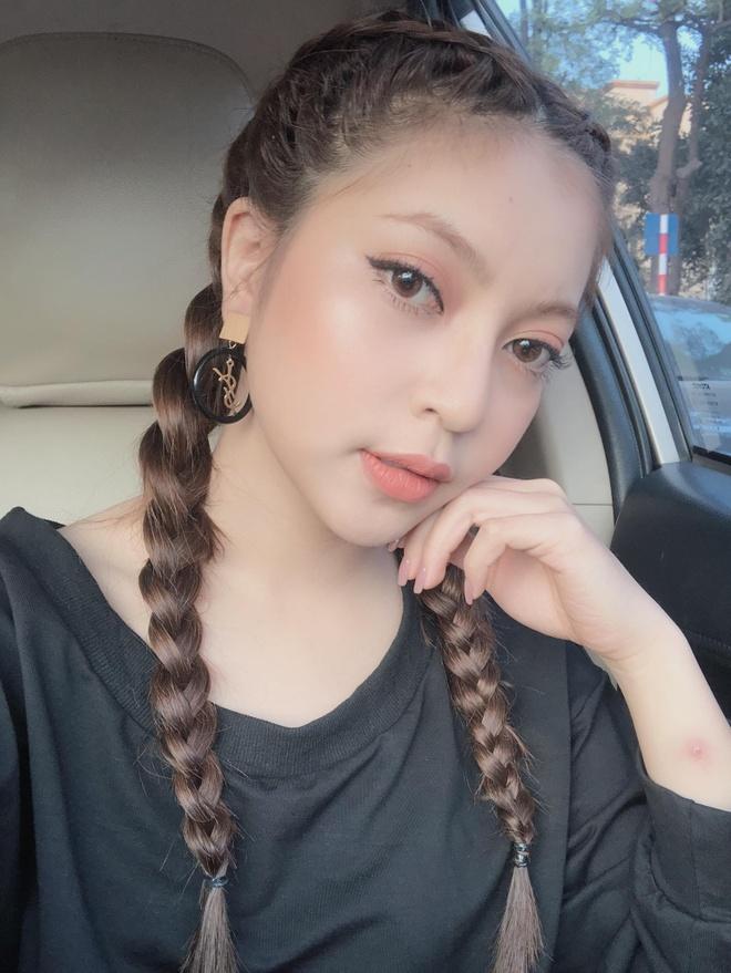 Ban gai cau thu Quang Hai bi che hat kem trong MV dau tay hinh anh 2