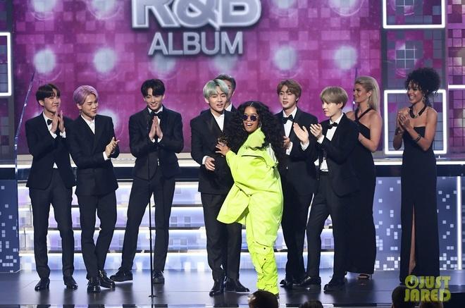 BTS dep trai, lich lam trong lan dau tham gia le trao giai Grammy hinh anh 2