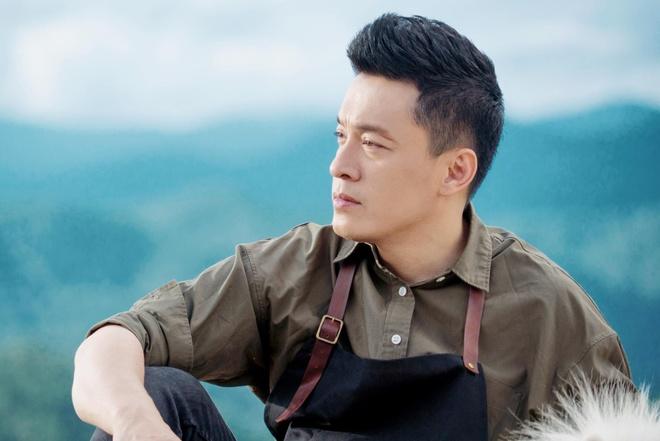 Lam Truong hat chay 'Hongkong1' tren ban tiec duoc khen ngoi hinh anh 1