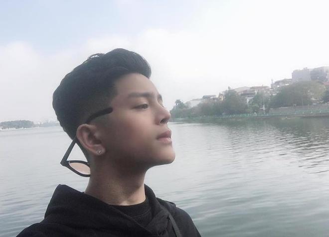 Quang Anh Voice Kids thay doi khac la, day nam tinh o tuoi 18 hinh anh 8