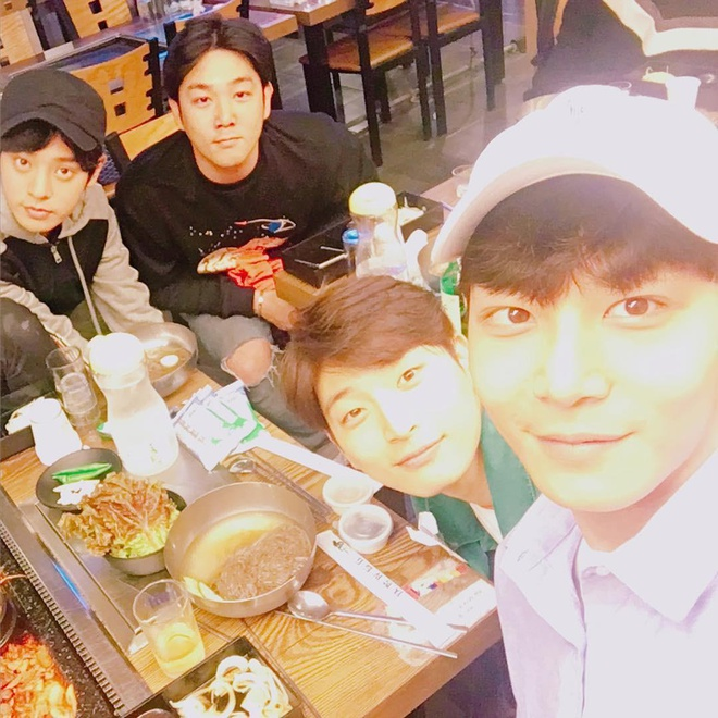 Thanh vien Super Junior phan hoi tin dinh liu ca si chat sex benh hoan hinh anh 2