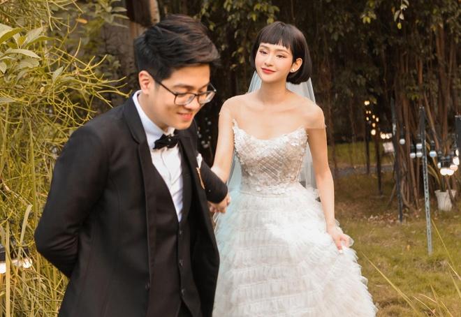 Bui Anh Tuan tinh tu hon Hien Ho trong MV moi hinh anh 1