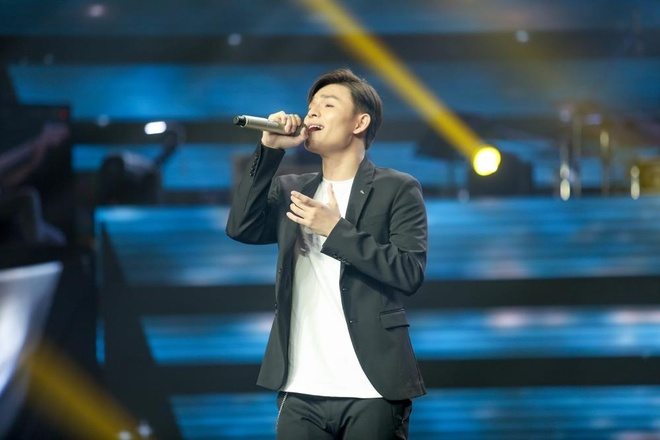 Co gai Australia xinh dep, hat tieng Viet lo lo tai The Voice hinh anh 2