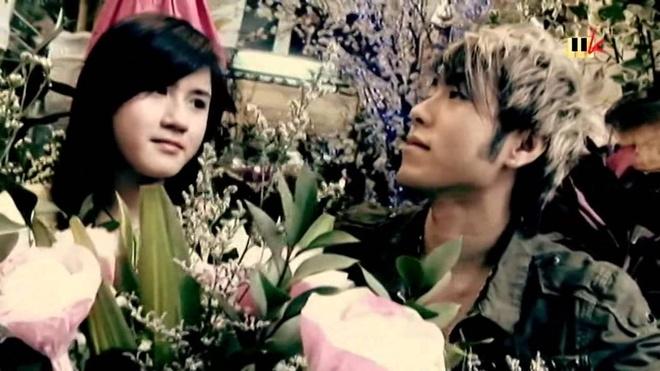 Akira Phan tu thoi lum xum den tang can anh 2