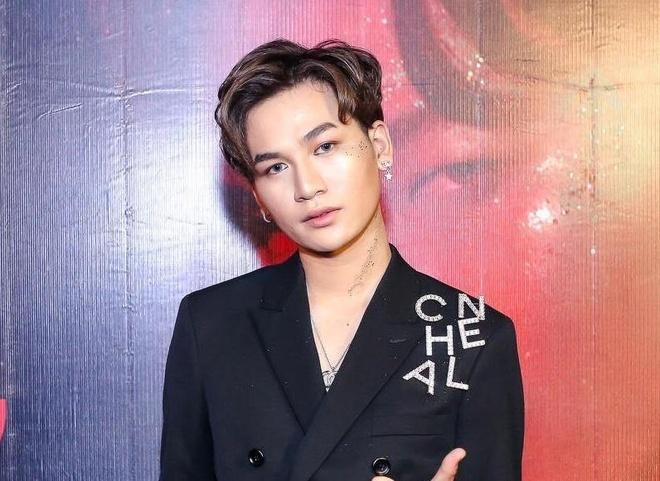 Ali Hoang Duong tiep tuc theo duoi phong cach rieng trong MV moi hinh anh