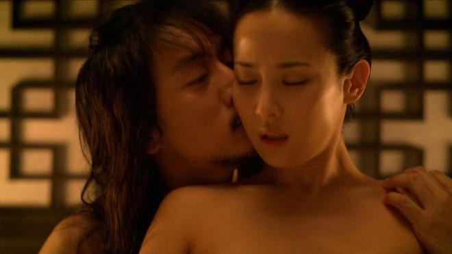 canh sex cua Jo Yeo Jeong anh 3