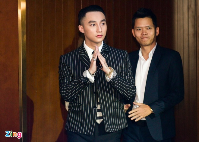Son Tung: 'Toi tu hao ve BTS thay ca nguoi Han Quoc' hinh anh 3