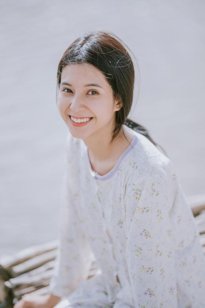 Nu chinh 21 tuoi xinh dep trong MV 'Song gio' cua Jack hinh anh 2