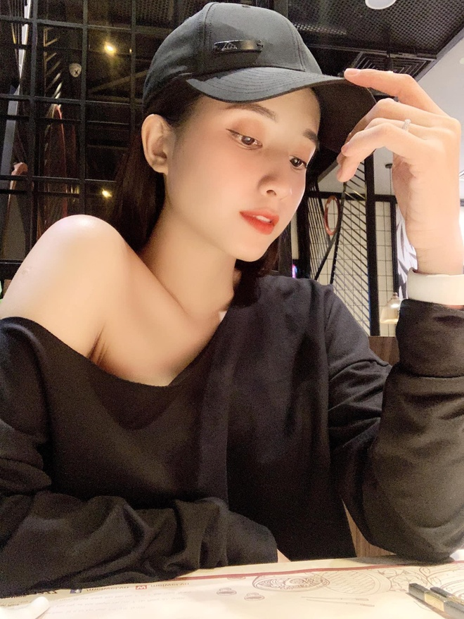 Nu chinh 21 tuoi xinh dep trong MV 'Song gio' cua Jack hinh anh 3