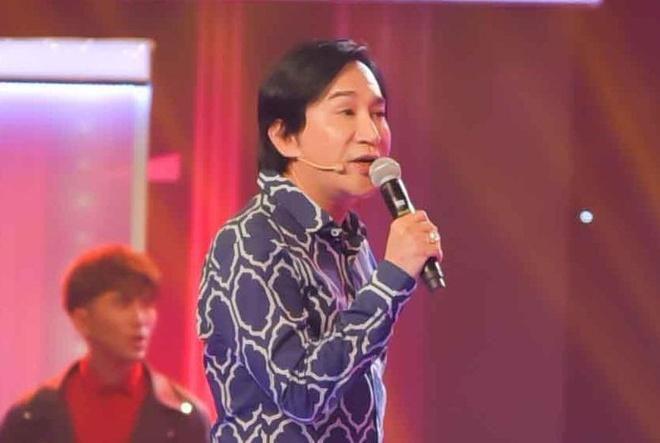 NSUT Kim Tu Long cung khach moi 62 tuoi the hien 'Do ta khong do nang' hinh anh
