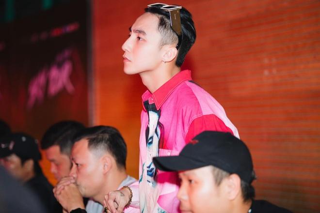 Son Tung M-TP muot mo hoi tap luyen cho tour dien den dem hinh anh 2